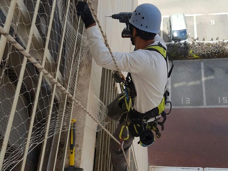 רשת להרחקת יונים עבודות בגובה ספיידר נט